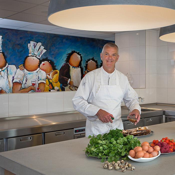 Martin Kruithof in zijn PALUX TopLine Keuken Restaurant-Hotel De Lindenhof Giethoorn