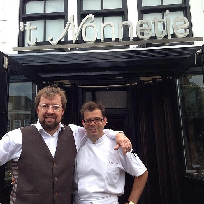 Eigenaar-gastheer Robert-Jan Nijland en SVH meesterkok Michel van der Kroft van Restaurant 't Nonnetje Harderwijk