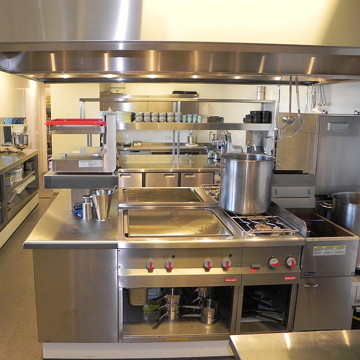 Uitgifte HMB Restaurant Rotterdam Keukenzijde 700x700